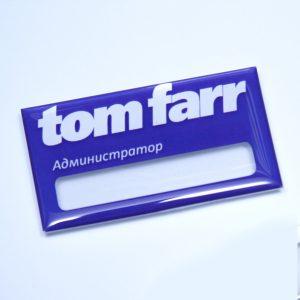 бейдж с полимерной заливкой Tom Farr